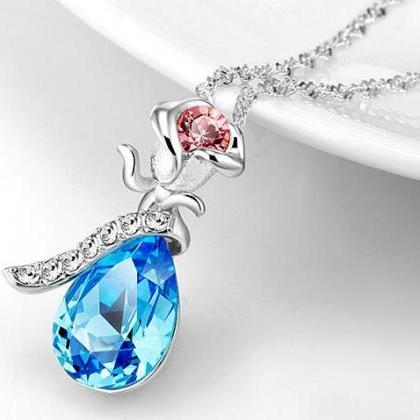 Fashion Women's Crystal Pendant Nec..