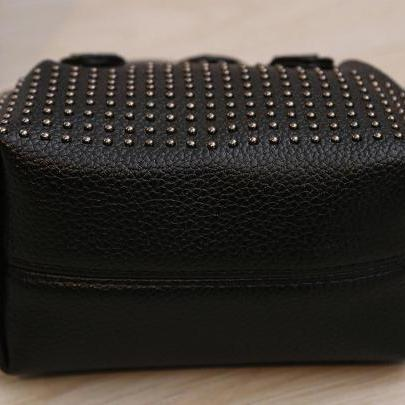 New Rivet Mini Women Shoulder Handb..