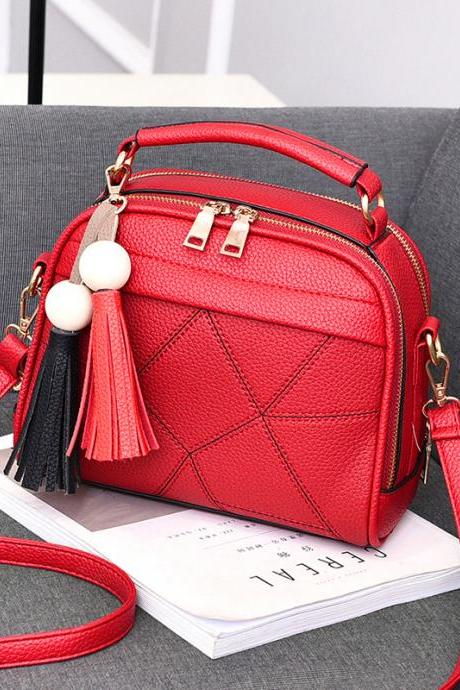 New Small Fashion Tassels Shoulder Messenger Bag - Red