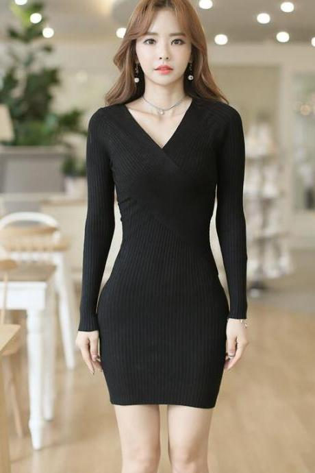 Sexy Deep V Neck Long Sleeve Dress - Black