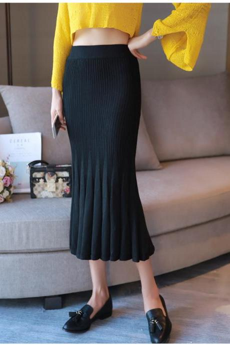 Women Solid Fit Knit Long Skirt - Black