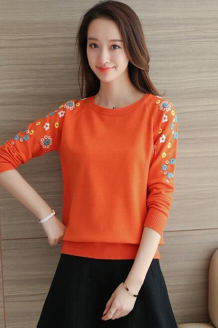 New flower o-neck knit long sleeved sweater