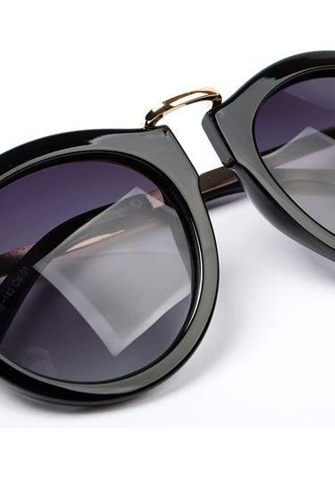 Free Shipping Fashion Women Black Sunglasses