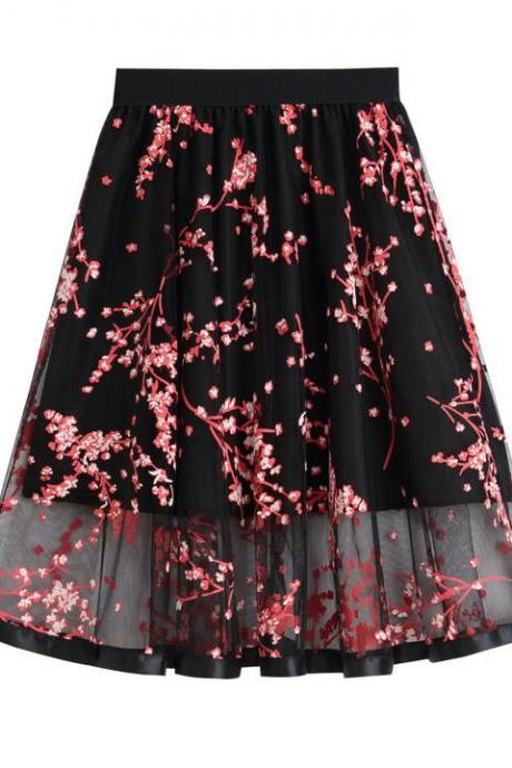 Black Elasticised Floral Embroidered Mesh Skater Skirt