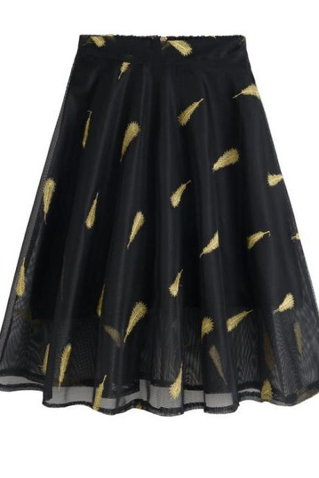 Black Feather Pattern Embroidery Short Skater Skirt