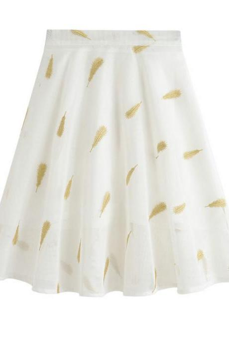 White Feather Pattern Embroidery Short Skater Skirt