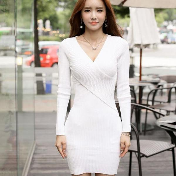 Sexy Deep V Neck Long Sleeve Dress - White
