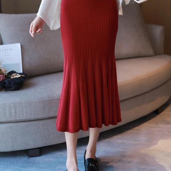 Women Solid Fit Knit Long Skirt - Red
