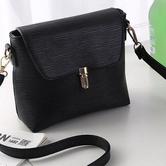 Women-Messenger-Bags Leather Handbags Designer Mini Shoulder Bag